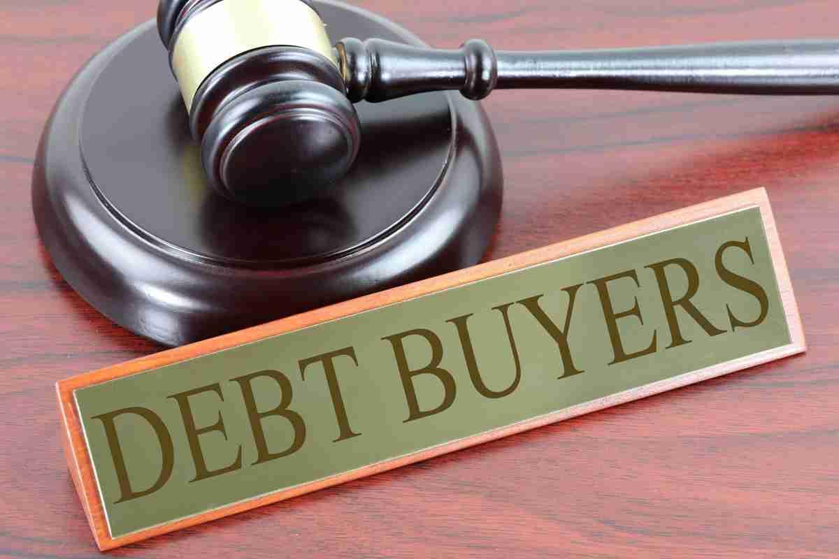 debt management loans court hammer and block